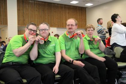 10-Pin Bowling Team, Athletes, Medals
