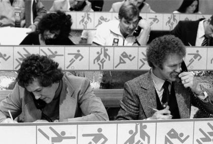 A black and white photo of Lanny McDonald and Darryl Sittler working the phones at a Special Olympics fundraiser.