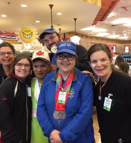 SOBC – Victoria athletes supporting the national Sobeys campaign for Special Olympics at their local Thrifty Foods store.