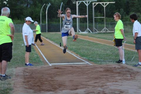 Chantal Payne running long jump at Nationals
