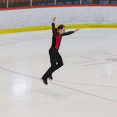Emile performs on the ice.