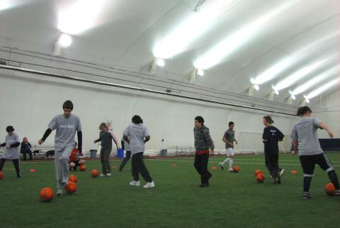 Athletes sharpening their soccer skills at the SOBC – Kamloops Sport Start program.